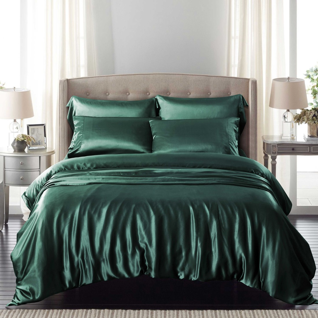 Image of: Silk Bedspreads and Comforters