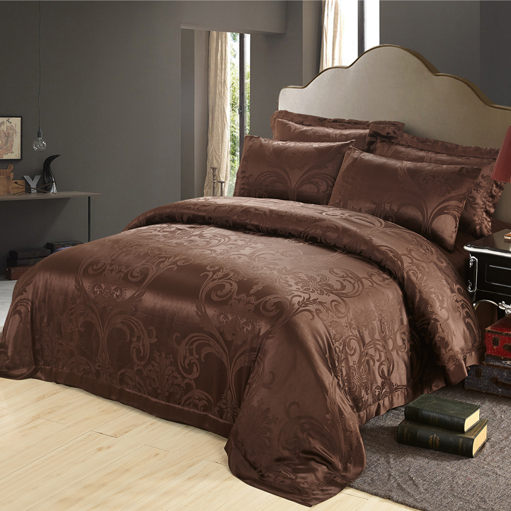 Image of: Silk Luxury Bedding Design