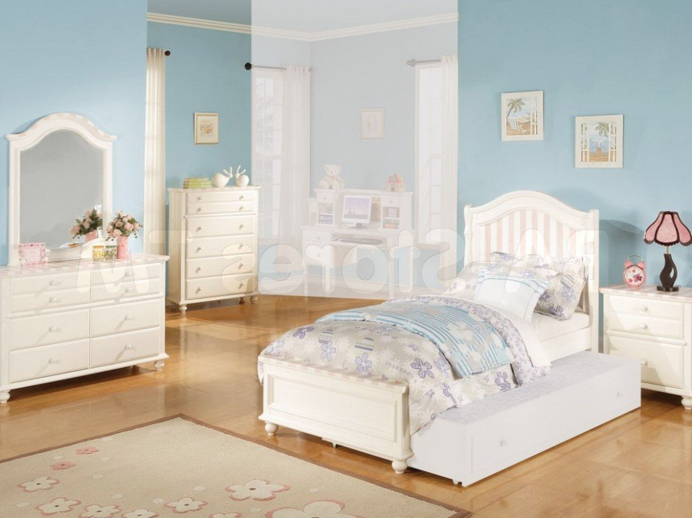 Image of: 54 Ugly Truth Nice Bedroom Set Perfect Nice Bed Sets