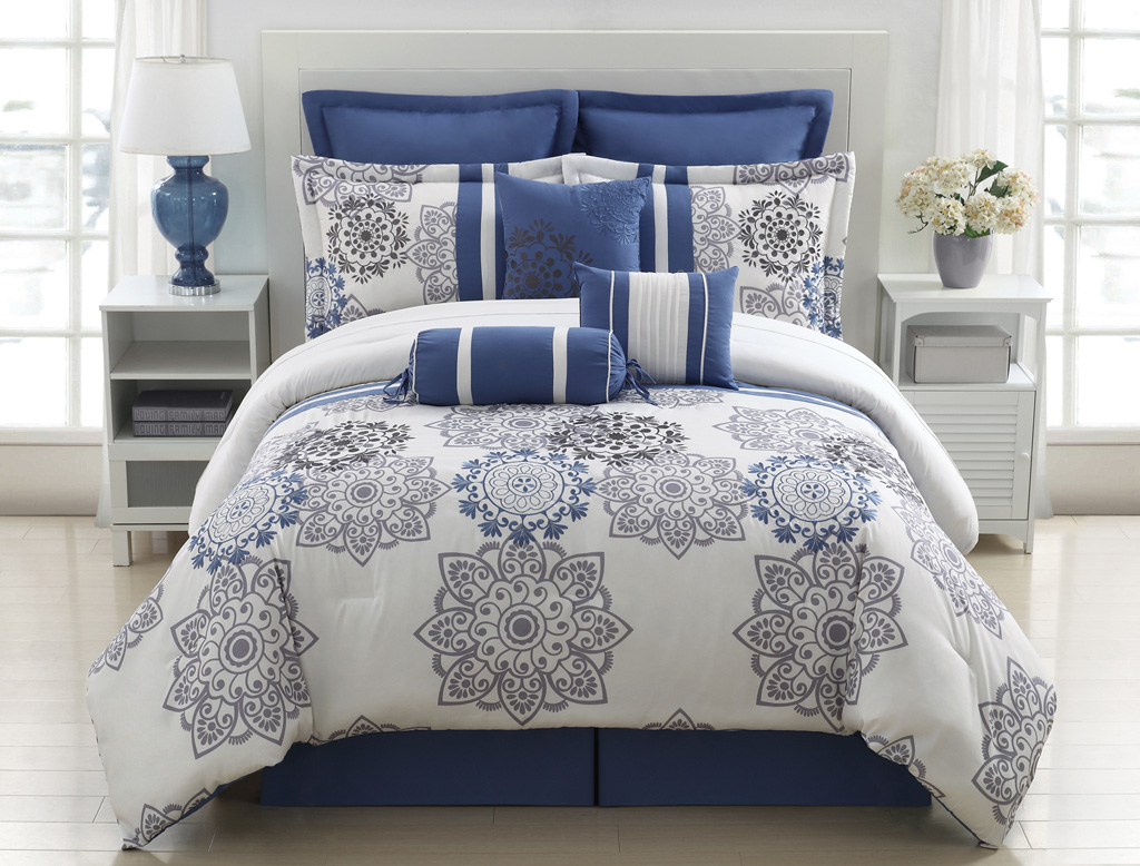 Image of: Best Blue and Grey Bedding Flowers