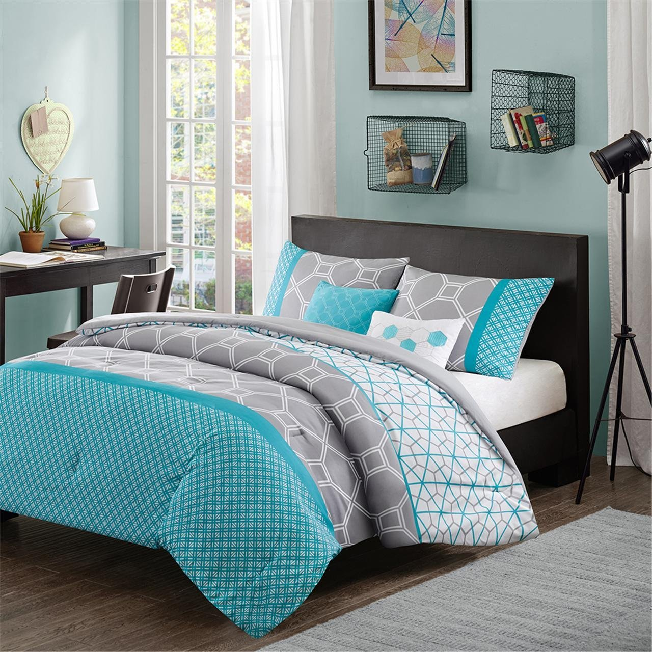Image of: Blue and Grey Bedding