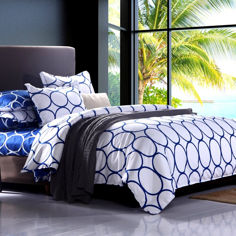 Image of: Blue Pattern Musical Note Bedding Set Queen Double Twin Themed Music Note Bed Set