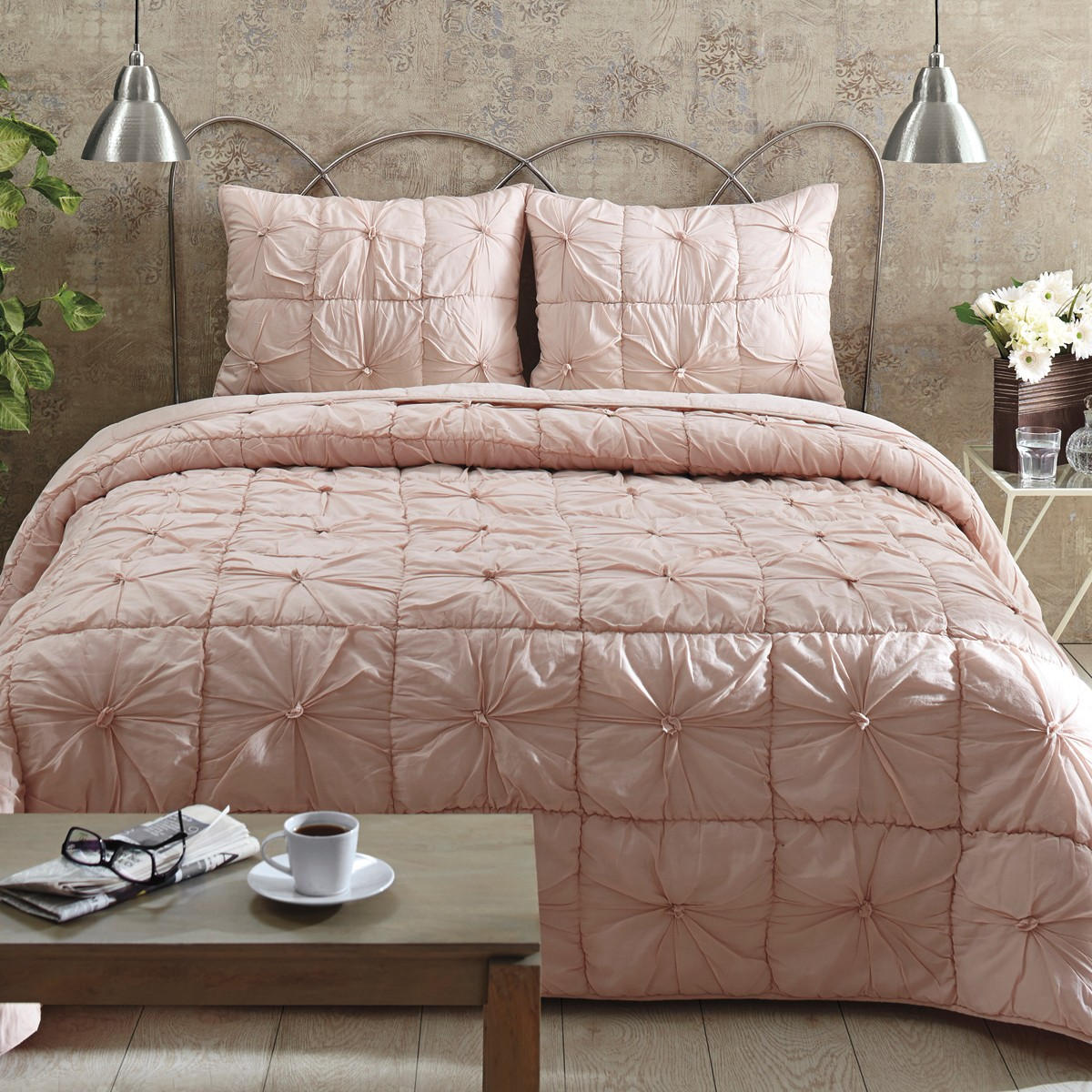 Image of: Camille Blush Pink Twin Quilt Set