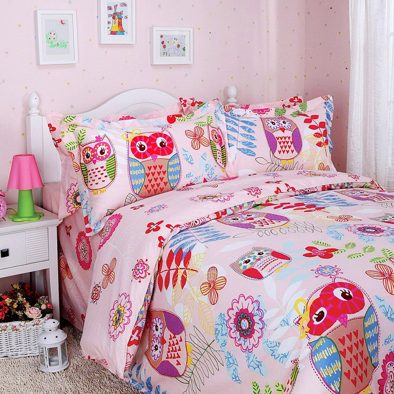Image of: Colorful Forest Bedding Sets