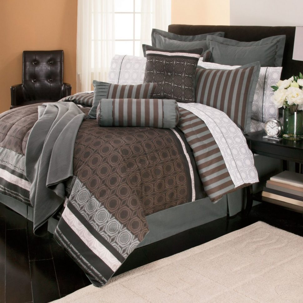 Image of: Comforters and Bedspreads