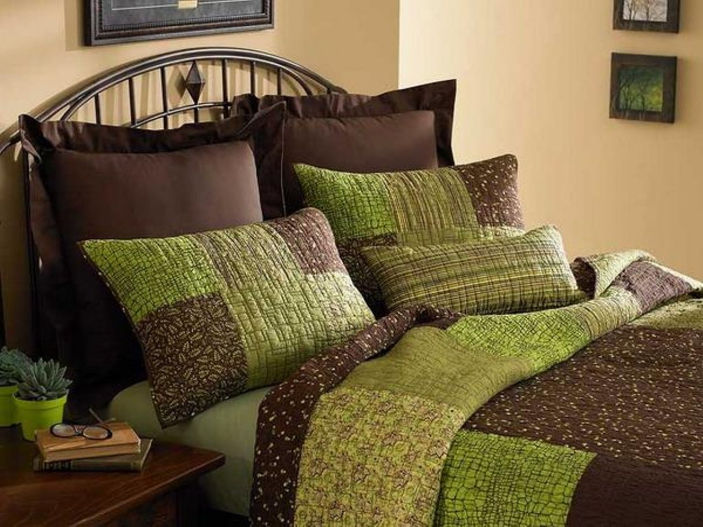 Image of: Green Brown Bedroom Light Brown Green Dragonfly Ideas Purple Bedding Sets Queen