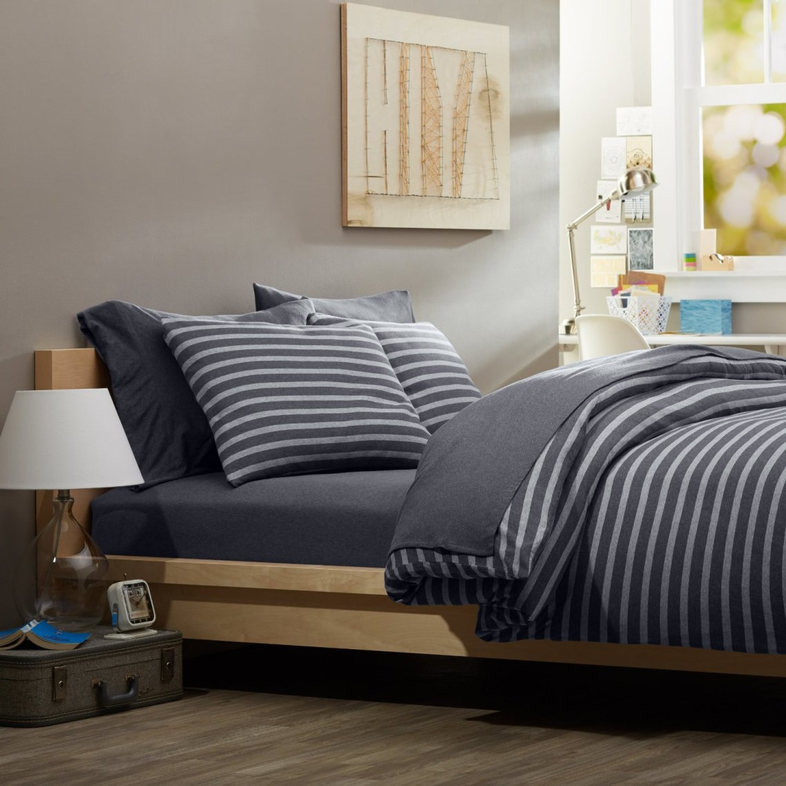 Image of: Masculine Blue and Grey Strip Bedding