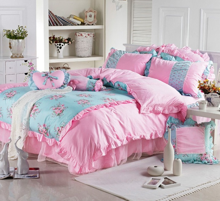 Image of: Pink Girls Twin Bedding Sets