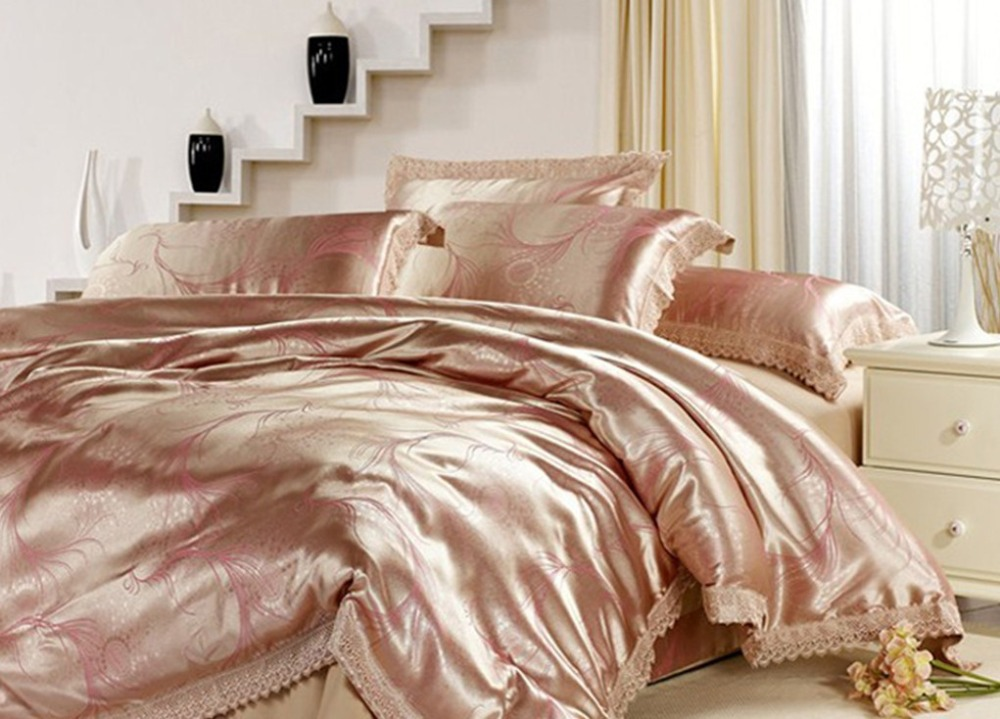 Image of: Rose Gold Comforter Colors