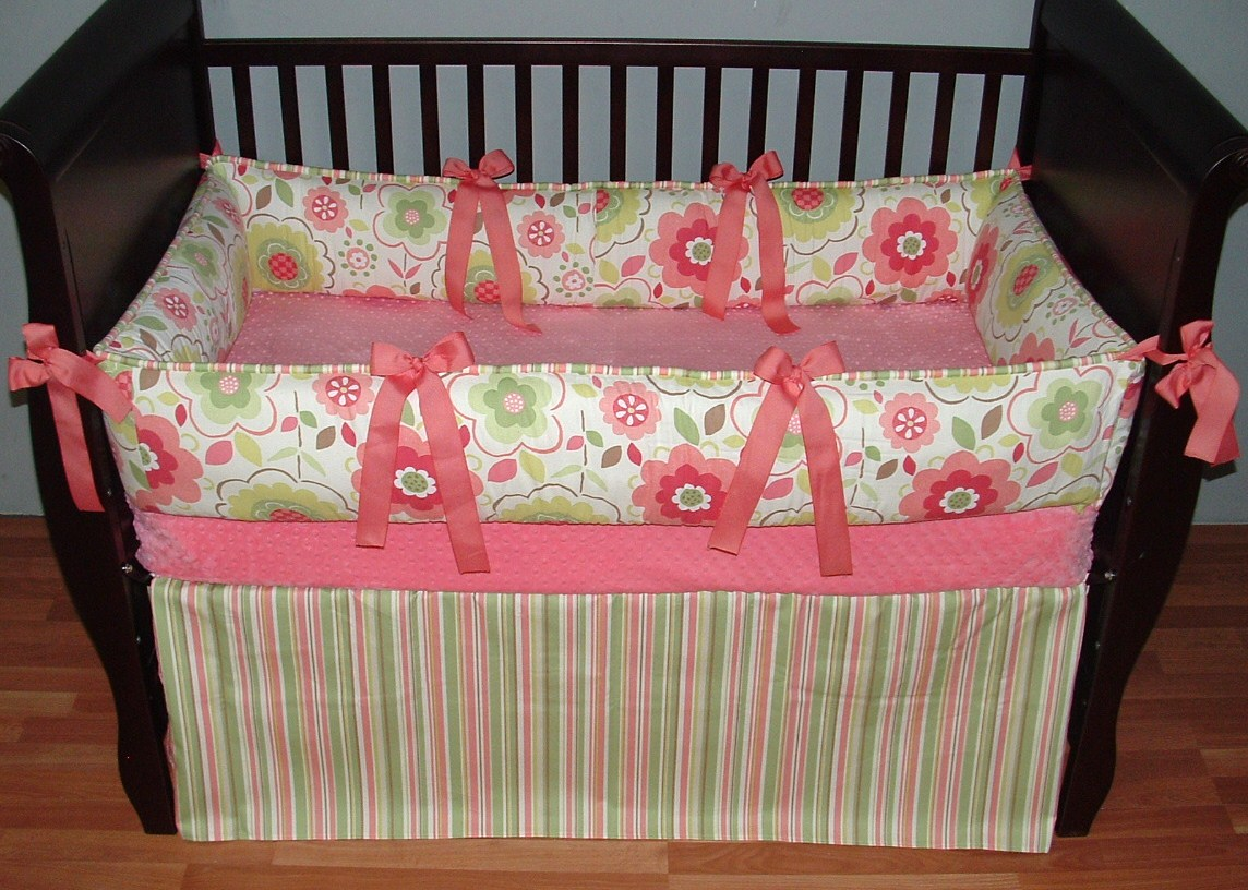Image of: Solid Pink Crib Bedding