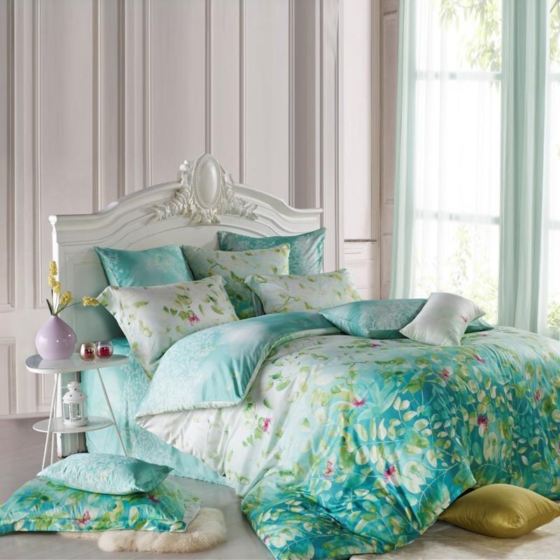 Image of: Blue and Green Awesome Bedding Sets