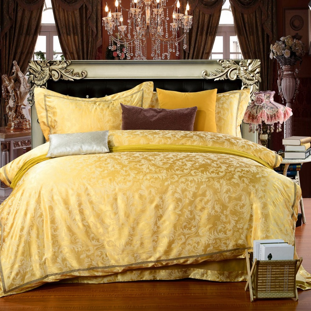 Image of: Cool Bright Yellow Comforter