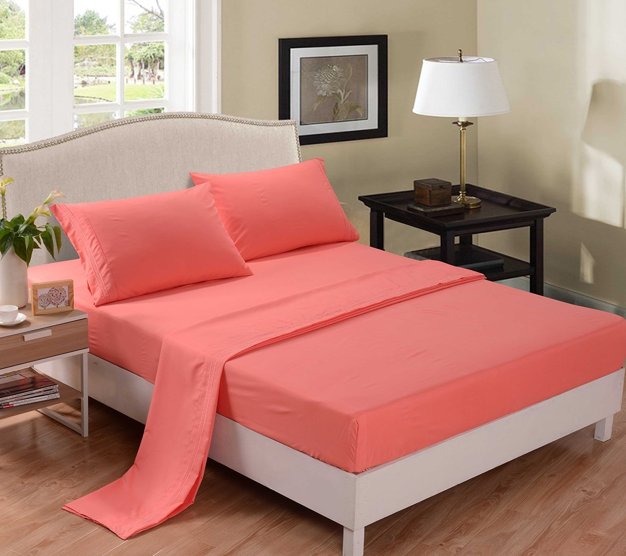 Image of: Coral And Taupe Bedding