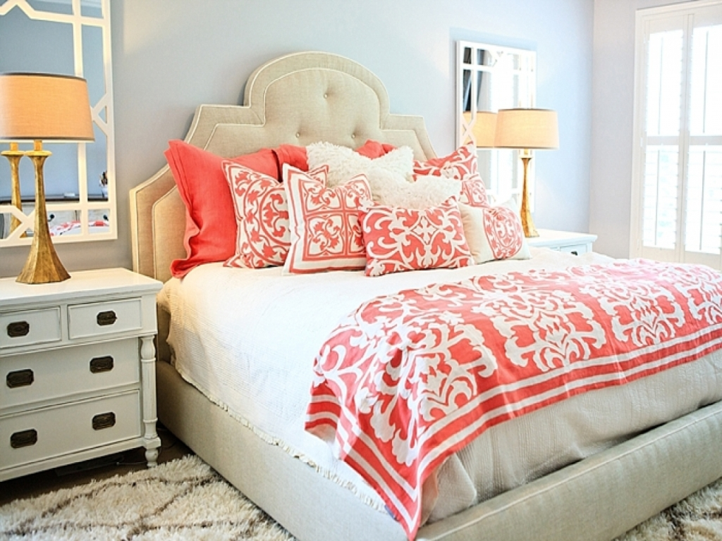 Image of: Coral And Teal Bedding