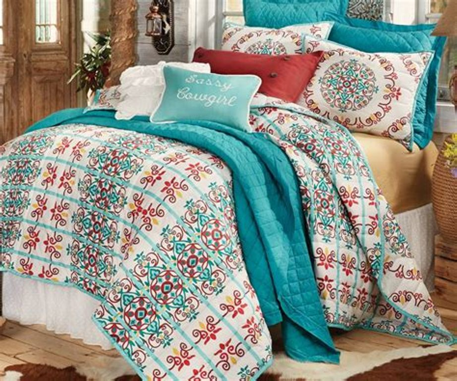 Image of: Coral And Turquoise Bedding Sets