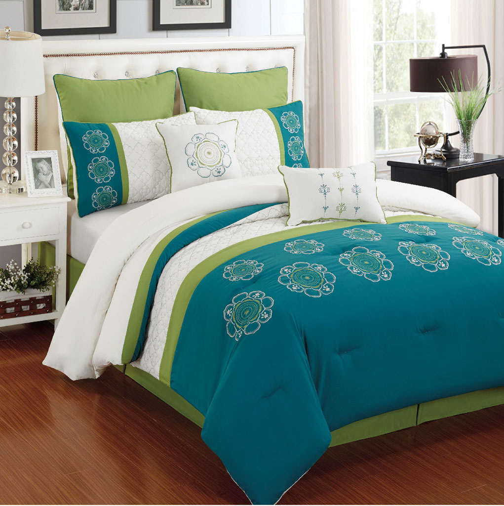 Image of: Coral And Turquoise Crib Bedding