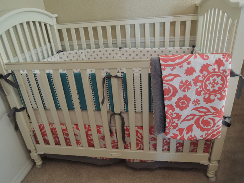 Image of: Coral And Turquoise Toddler Bedding