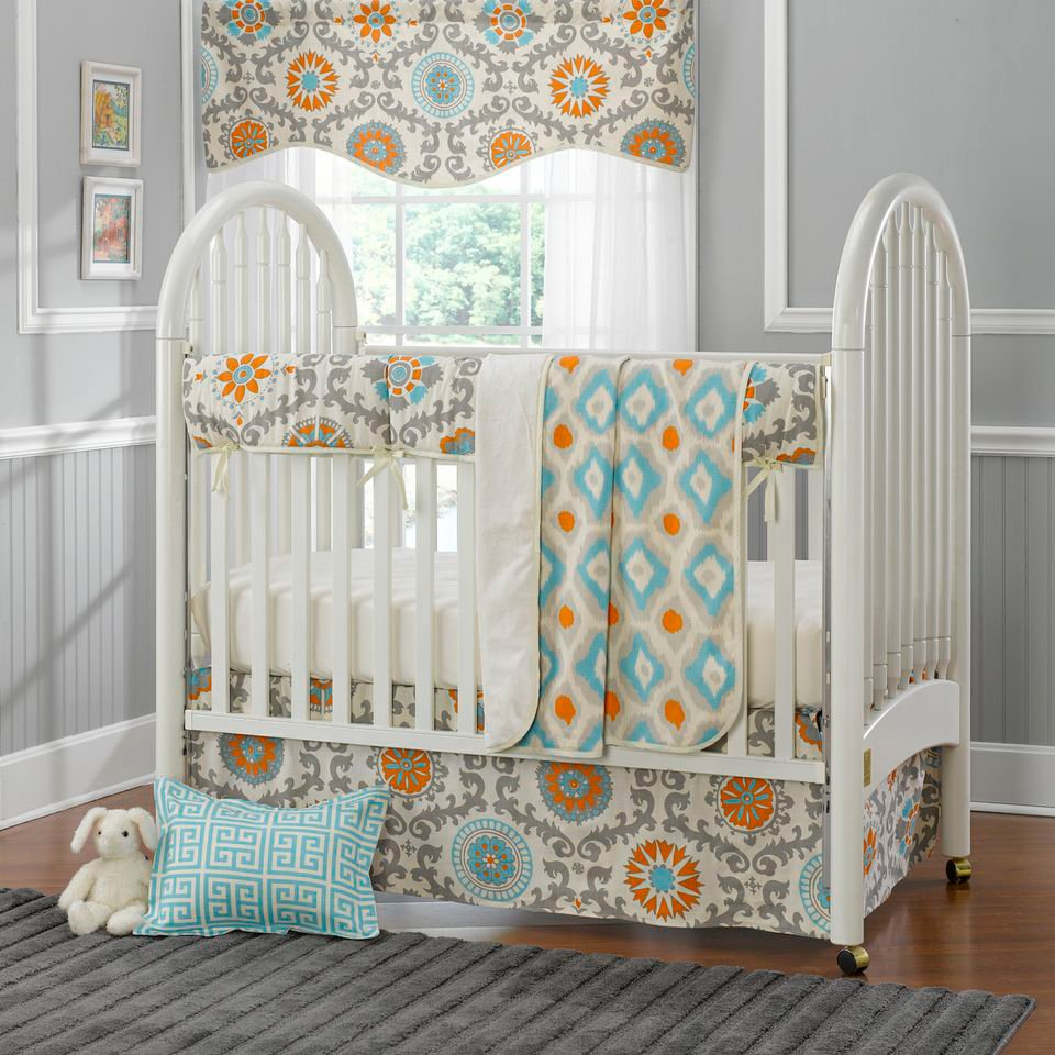 Image of: Find Neutral Baby Bedding Home Turquoise Bedding Set For Baby Theme