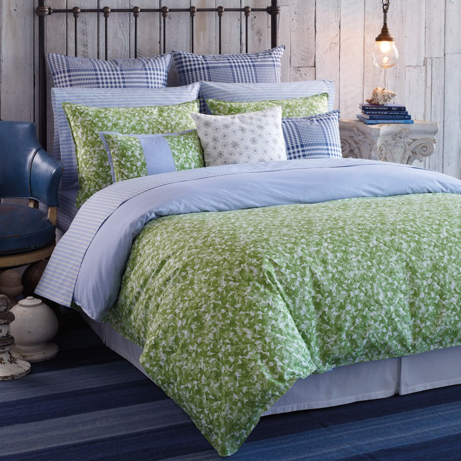 Image of: Home Decor Style Bed Comforter Bedding Decorate Blue and Green Bedding Sets