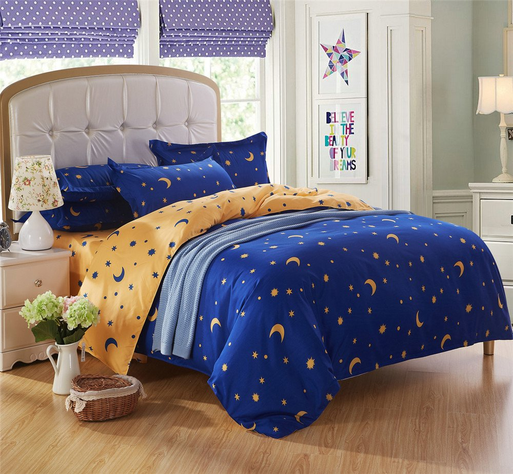 Image of: Moon Bedding Set   Collection Moon and Stars Bedding Set