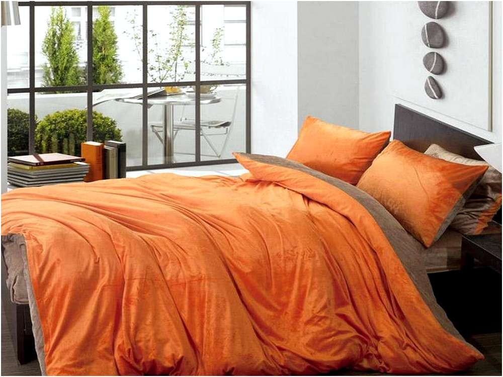 Image of: Orange And Brown Bedding