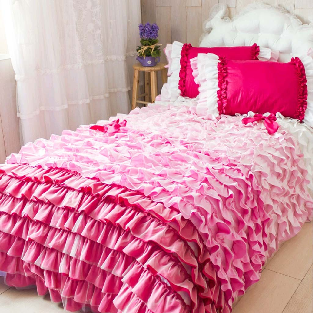 Image of: Pink Ruffled Comforter