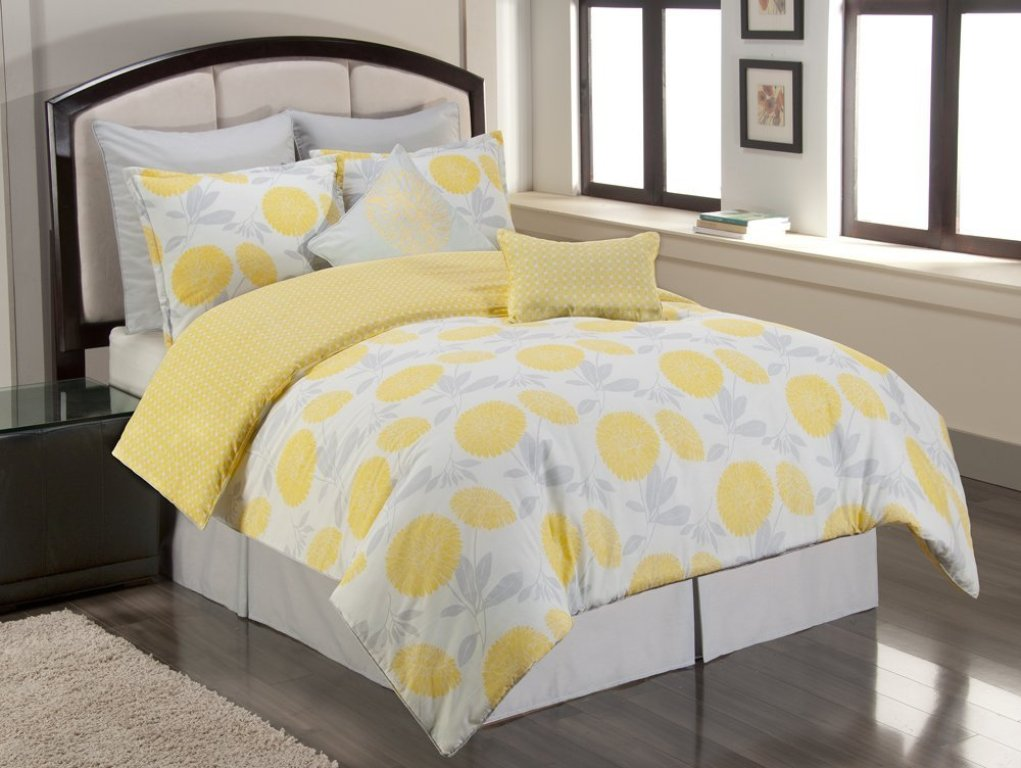 Image of: Yellow And Grey Bedding Twin