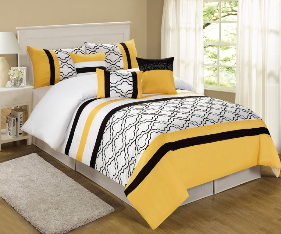 Image of: Yellow Comforter Sets Queen Designs
