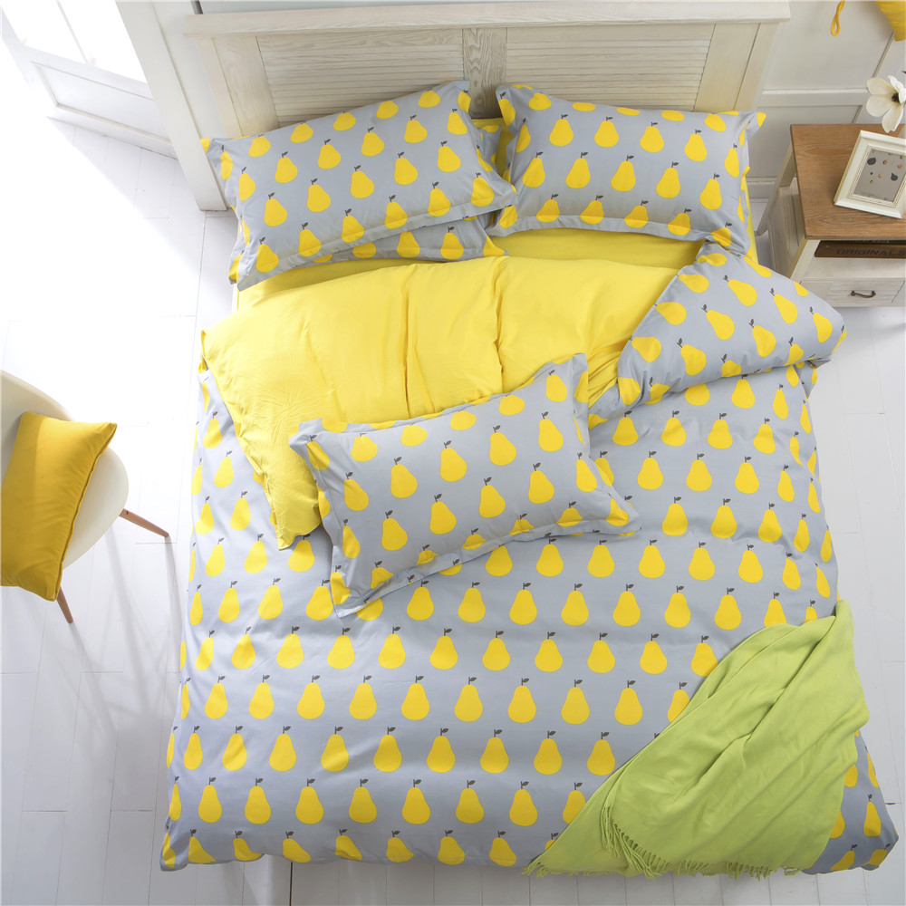 Image of: Yellow Cute Comforter Sets Queen