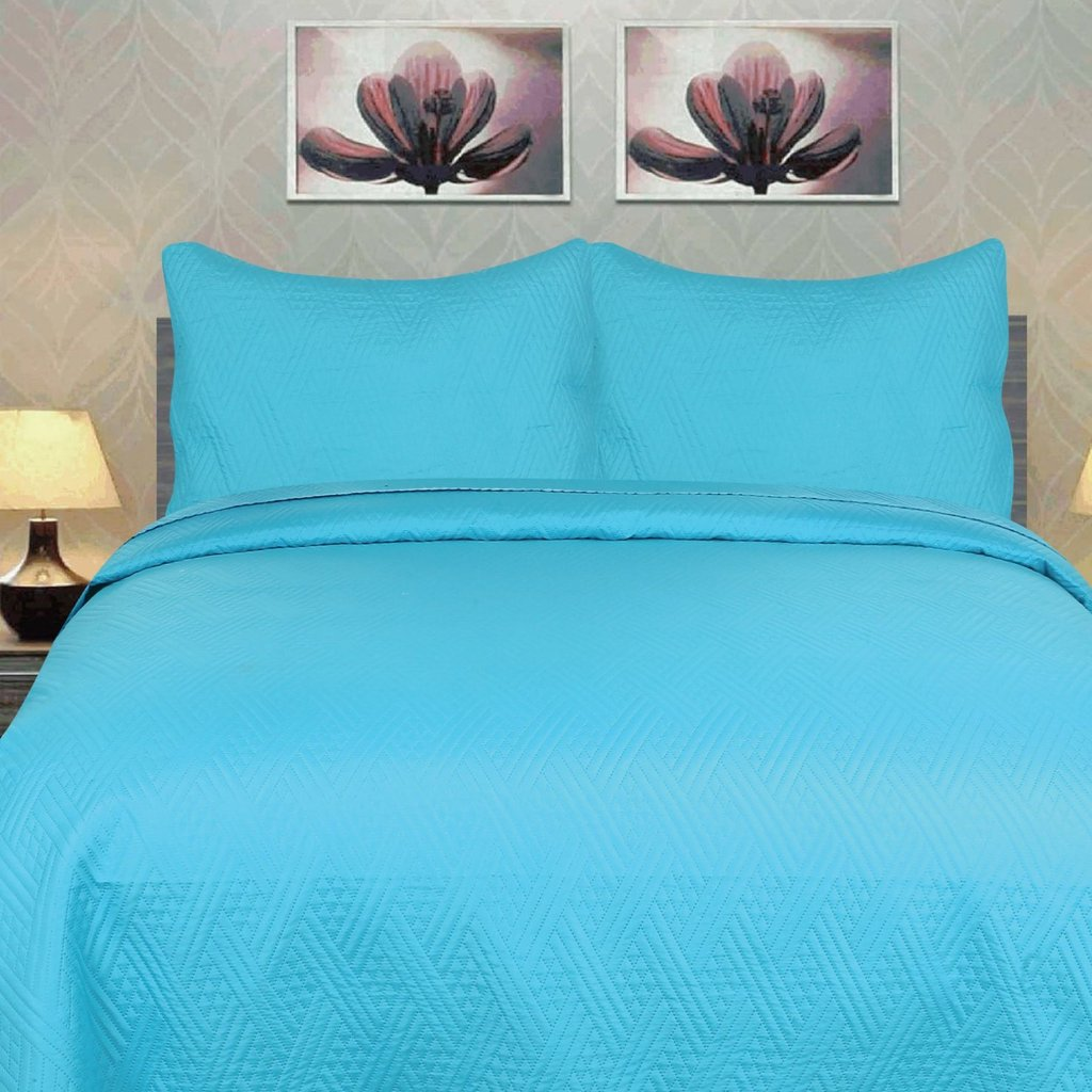 Image of: 7 Piece Light Blue Quilted 28 Image 4 Piece Diamond Royal Velvet Bedding