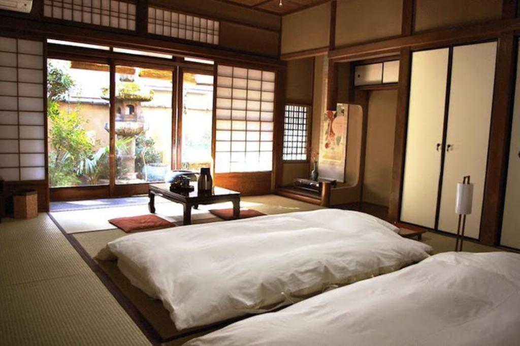 Image of: Authentic Contemporary Japanese Kakebuton Comforter