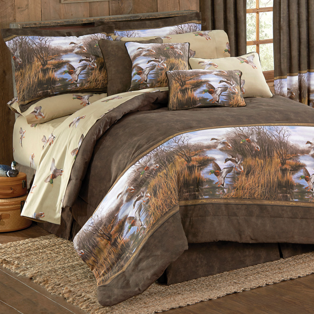 Image of: Cabin Bedding Hunting