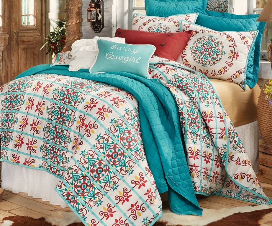 Image of: Coral And Turquoise Bedding Sets Decor
