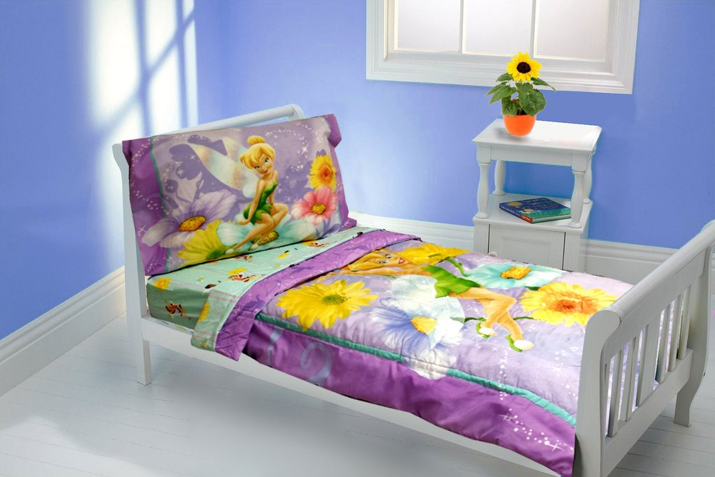 Image of: Disney Sofium Toddler Bedding Set White Glaze Wooden Bed Mixed White Stained Wooden Customize Girl Toddler Bedding