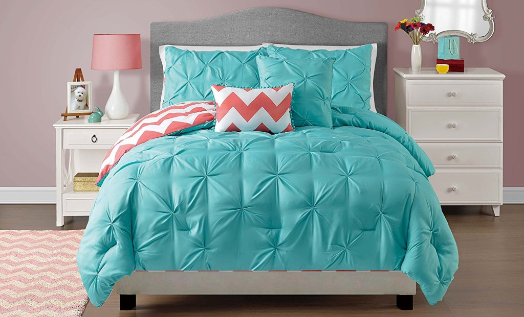 Image of: Elegant Coral And Turquoise Twin Bedding
