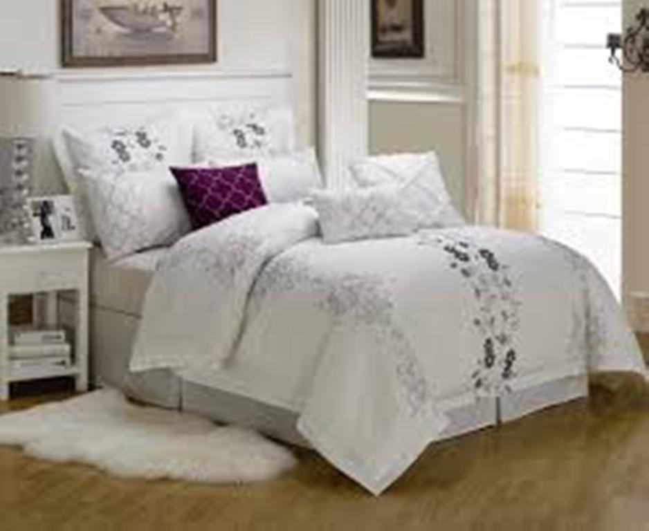 Image of: Luxury Bedding Collections French Photos