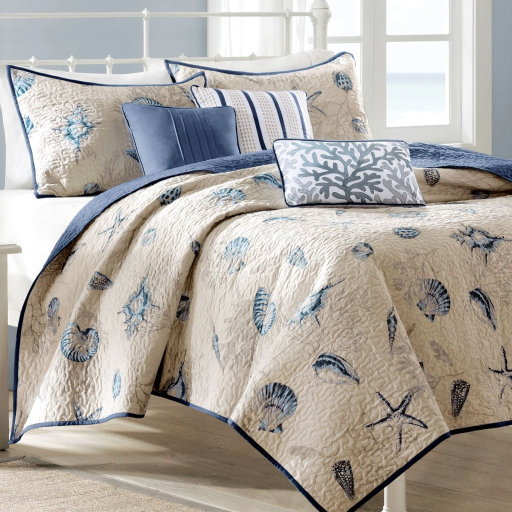 Image of: Nantucket Coastal Seashell 6 Pc Coverlet Bed Set Easy Ways to Select Beach Bedding Sets For Babies and Toddlers