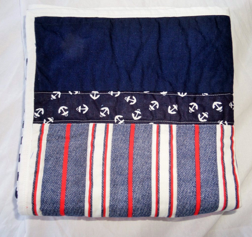 Image of: Navy Quilt Nautical Baby Quilt Anchor Bedding Nautical Nursery Bedding Ideas
