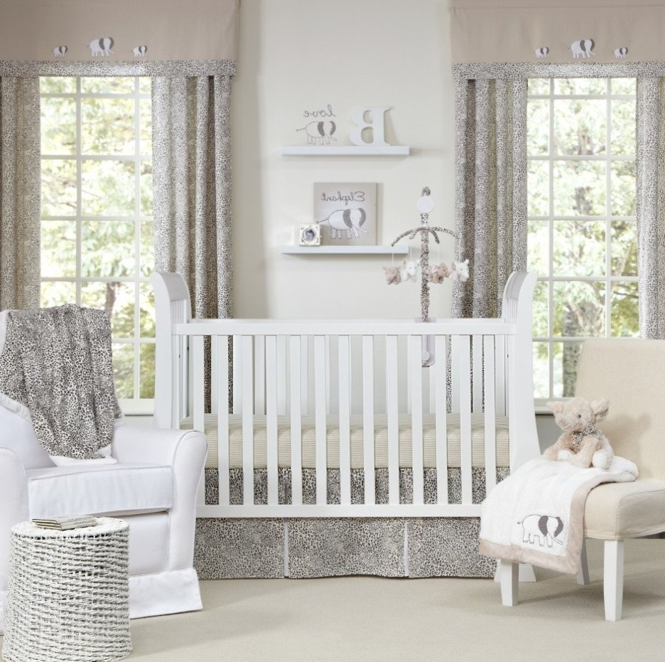 Image of: Neutral Baby Room Cute Elephant Baby Girl Bedding Theme