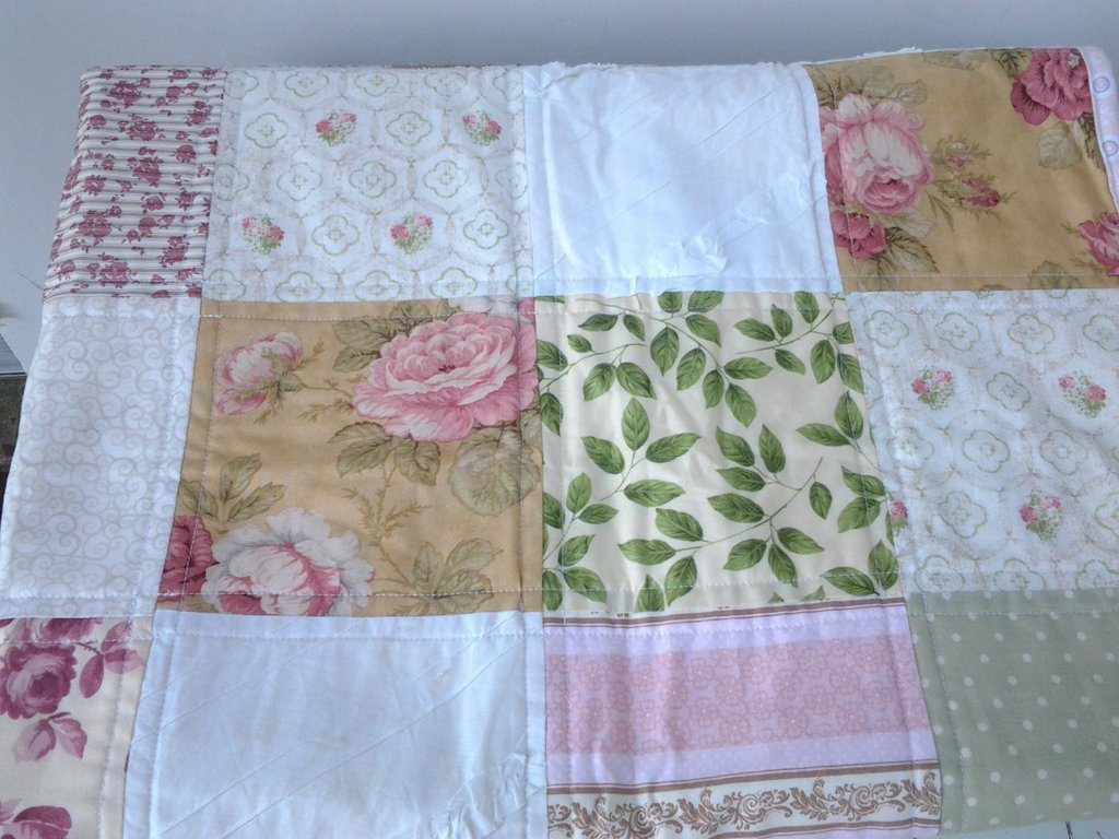 Image of: Shabby Chic Baby Quilt Cottage Chic Nursery Bedding Cute Elephant Baby Girl Bedding Theme