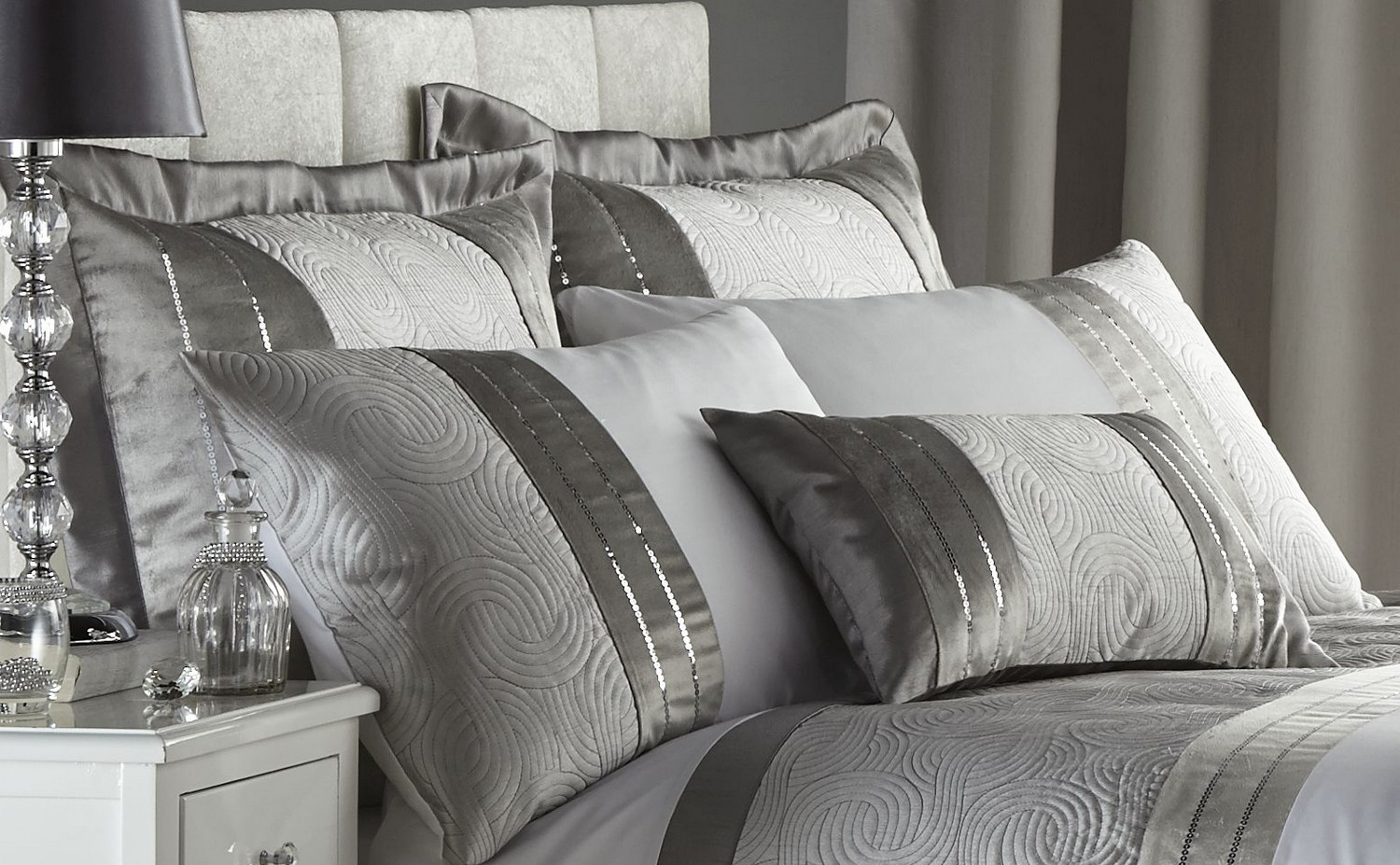 Image of: Silver Light Gray Twin Comforter