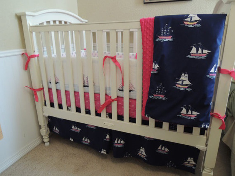 Image of: Simple Nautical Crib Bedding