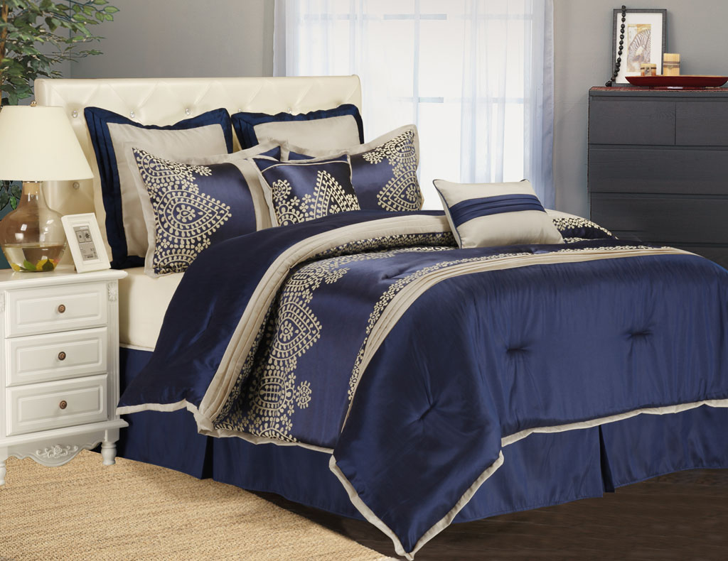 Image of: Solid Navy Blue Twin Comforter