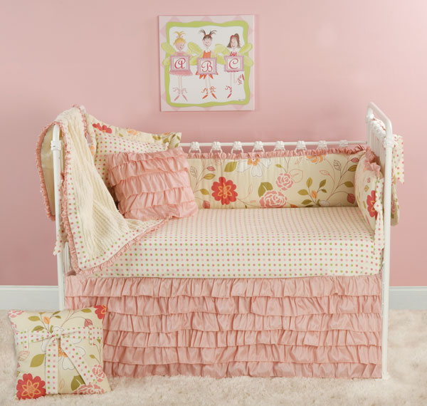 Image of: Toddler Girl Daybed Bedding