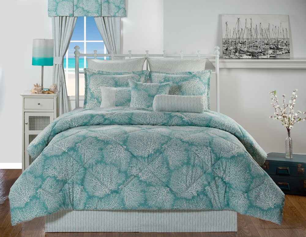 Image of: Tropical Bedding King Size