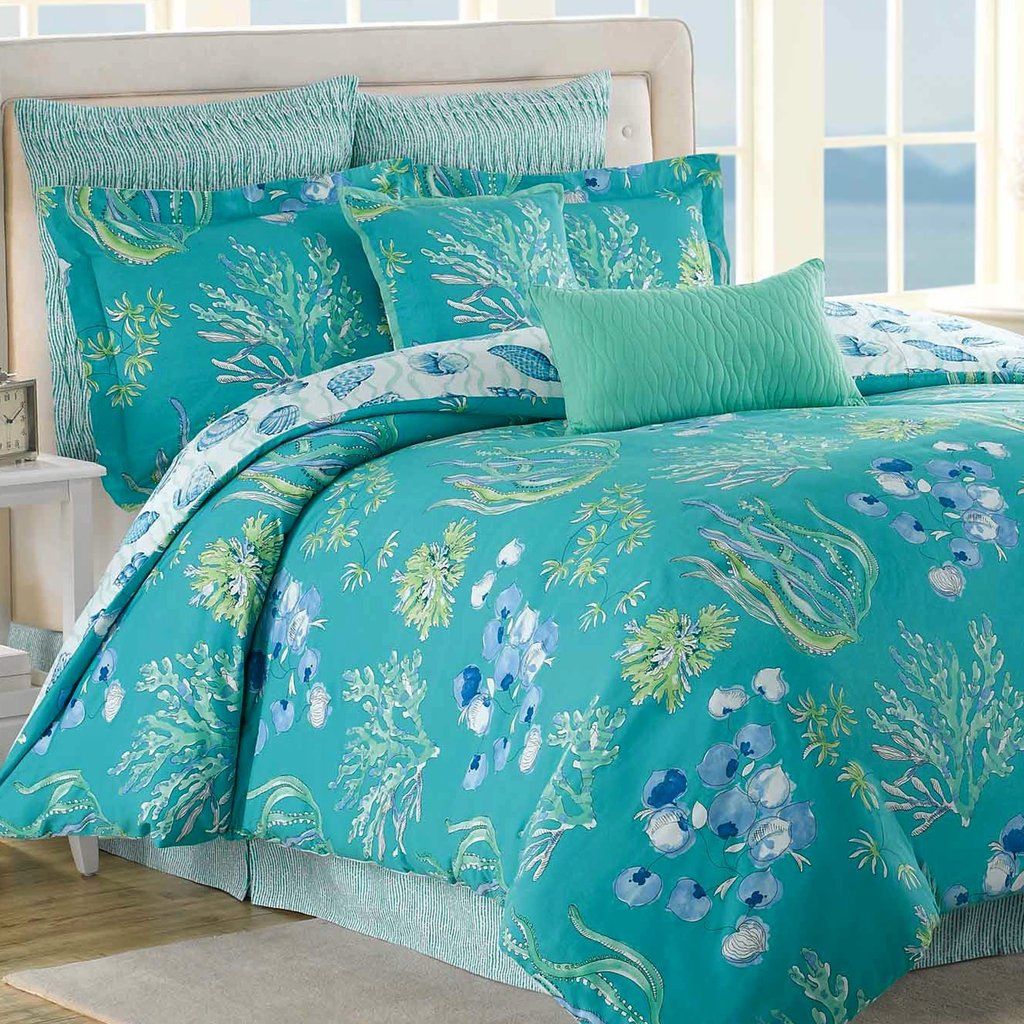 Image of: Turquoise Comforter Set Homesfeed Top Coral and Turquoise Bedding Guide!