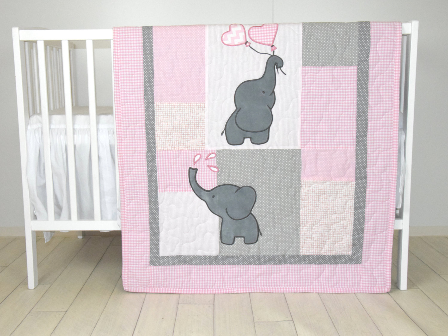 Image of: Walmart Crib Bedding Elephant Sets