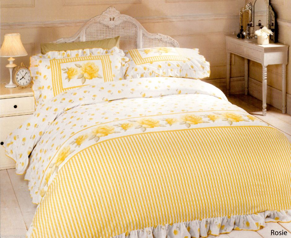Image of: Yellow Bedspreads King Size