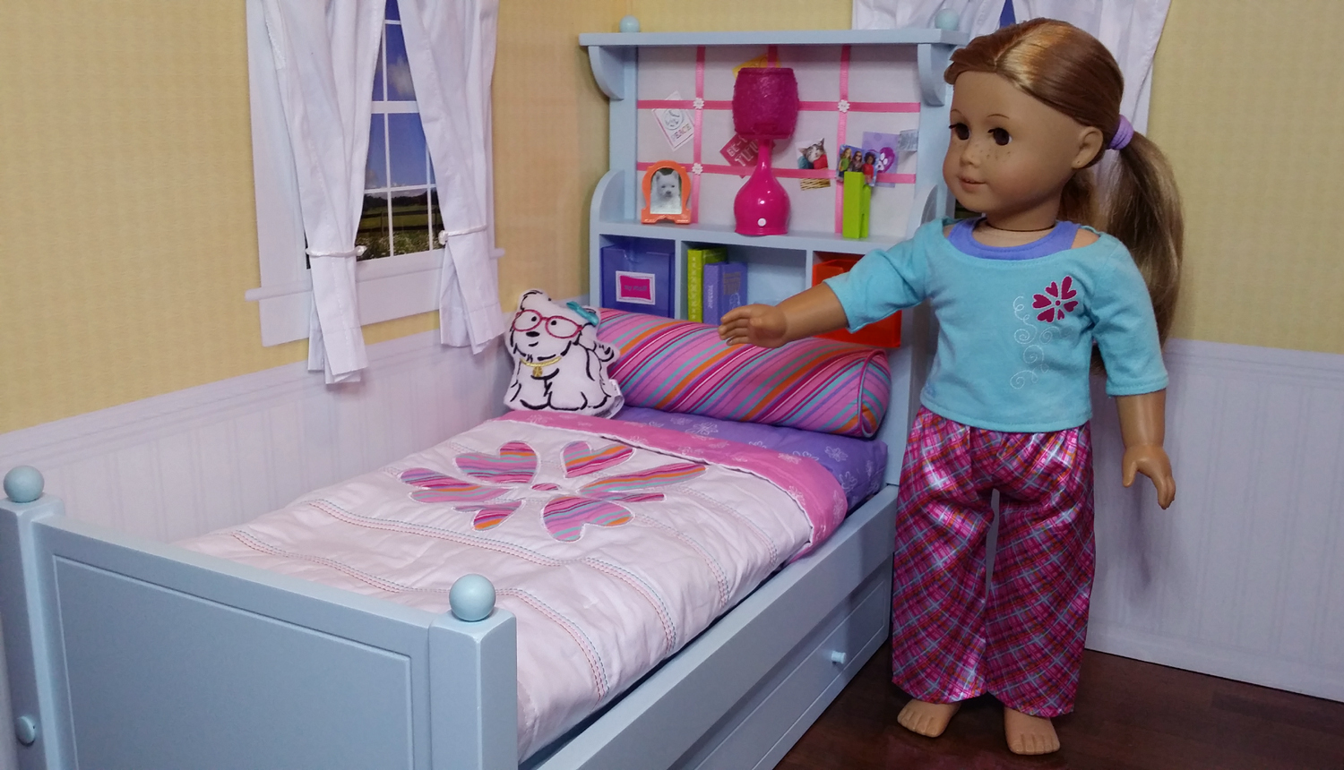 Image of: American Girl Doll Bed Ebay