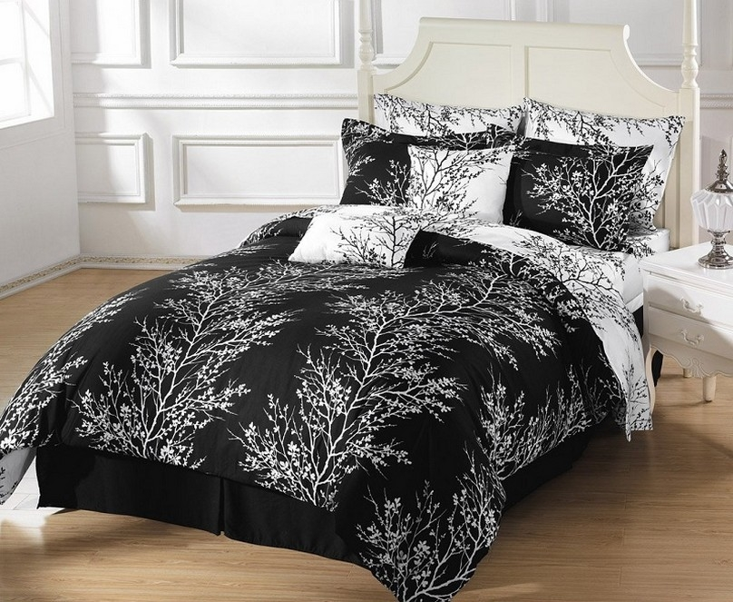 Image of: Black French Country Bedding